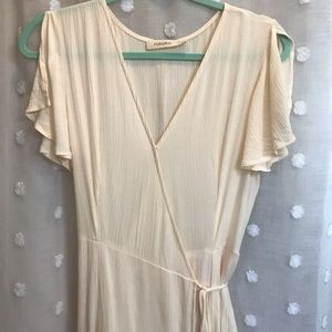 Rokoko off white ruffled sleeve maxi dress • M